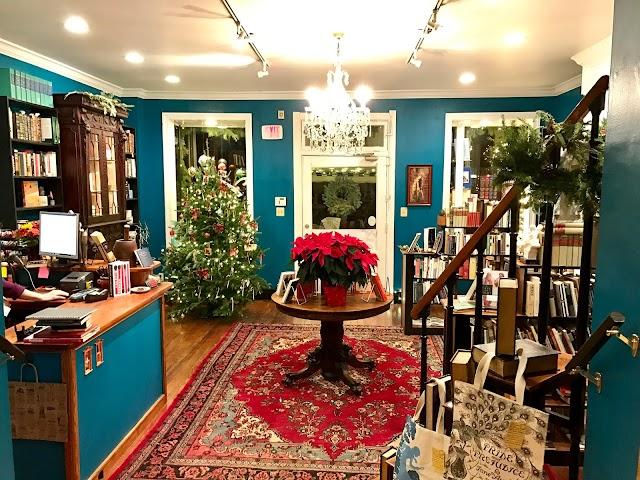 Old Fox Books & Coffeehouse