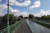 Briare aqueduct Pont-canal de Briare, Briare, France