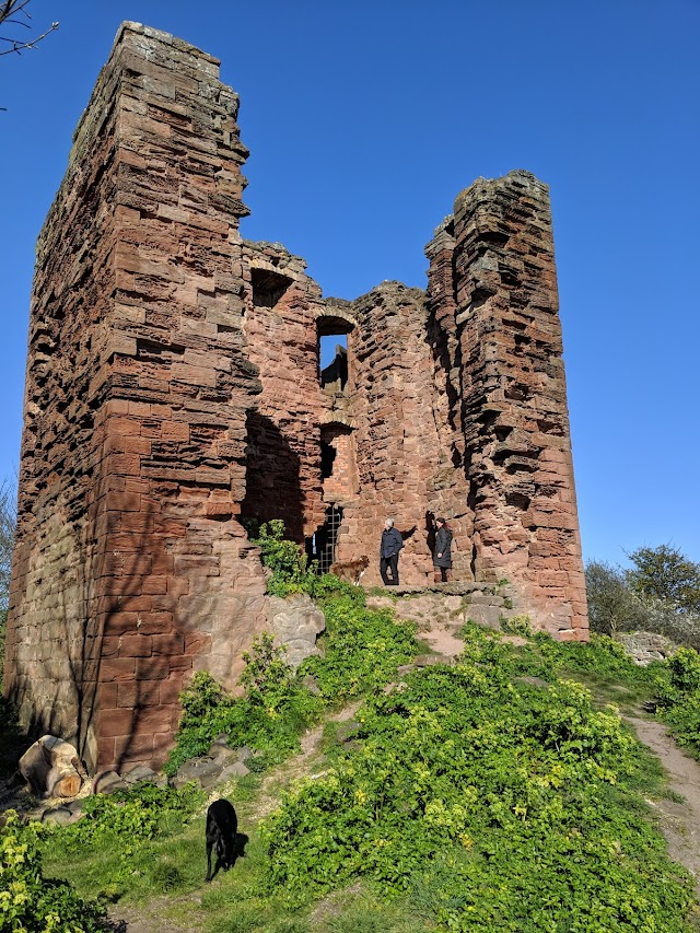 MacDuff Castle
