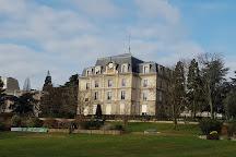 Parc Sainte-Perine, Paris, France