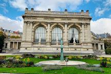 Square du Palais Galliera, Paris, France