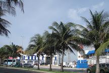 Flamingo Mall, Cancun, Mexico