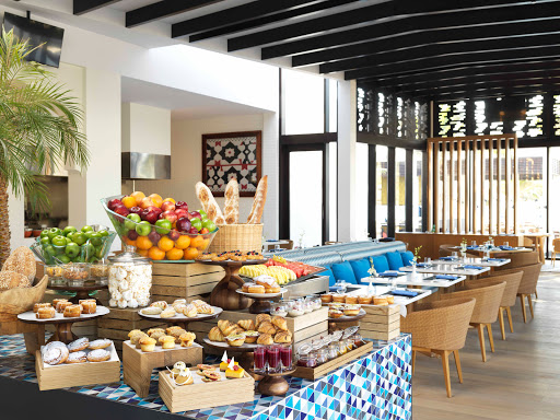 Sakalan Restaurant at Al Baleed Resort by Anantara