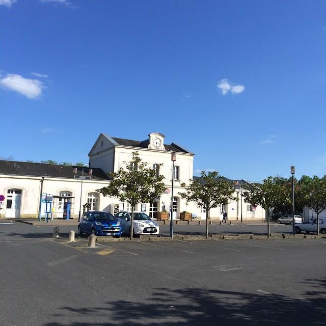 Gare de Chinon