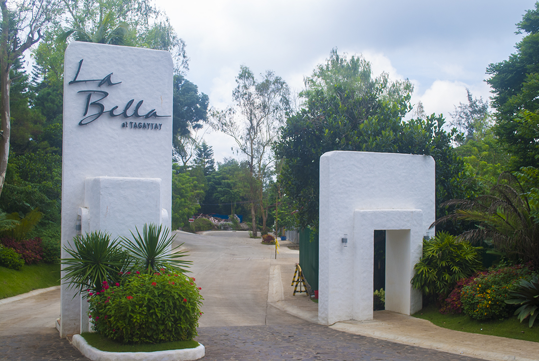 taal vista hotel is your perfect haven in tagaytay essay Taal vista hotel tagaytay, philippines | suitable for both leisure and  business | away from the ordinary city life | reserve online and get instant  confirmation.