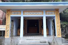 Hon Chen Temple, Hue, Vietnam