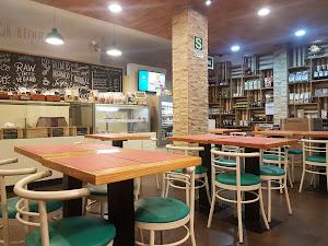 Raw Café 7