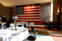 War Memorial Center, Milwaukee, United States