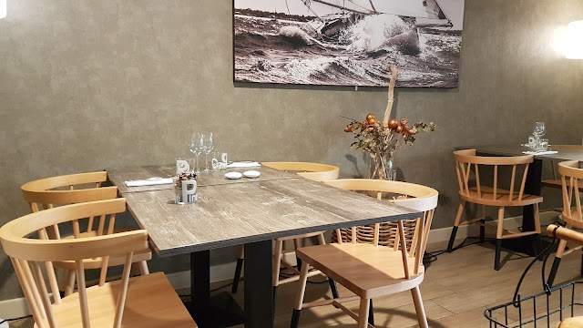 Pinasse Cafe - Le Cabanon