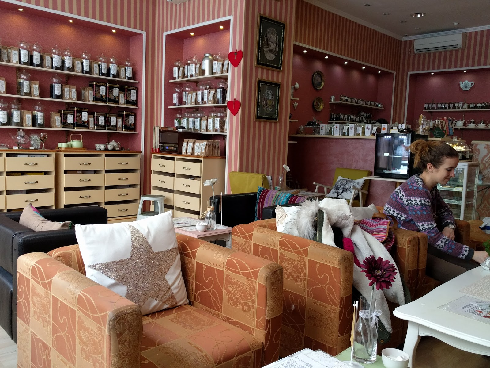 Salon de thé by Small Tree: A Work-Friendly Place in Belgrade