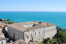 Palazzo d'Avalos - Musei Civici, Vasto, Italy