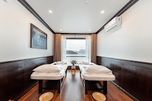 Sealife Legend Cruises, Halong Bay, Vietnam