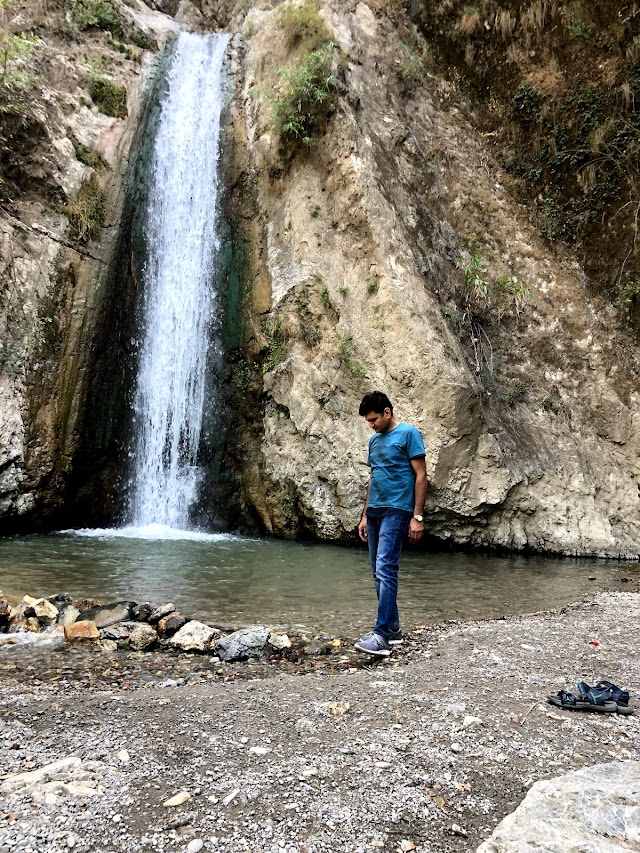 Jharipani Fall
