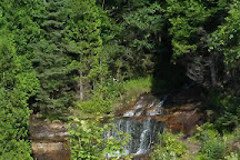 Alger Falls, Munising, United States
