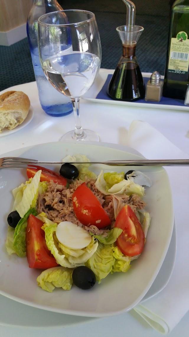 HABANA 5 Lounge & Restaurant · CLUB de Fumadores