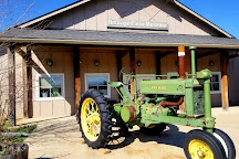 Heritage Farm Museum, Sterling, United States