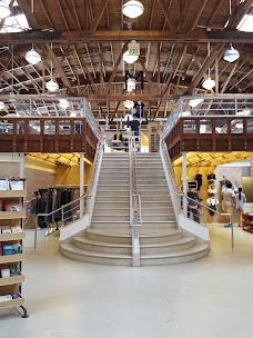 Urban Outfitters los-angeles USA
