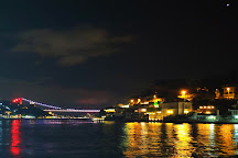 Orient Bosphorus Dinner Cruise, Istanbul, Turkey