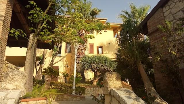 Garden Cactus - Relais, Suite de Charme and Botanical Park