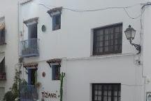 Sala de Arte Tiziano, Peniscola, Spain