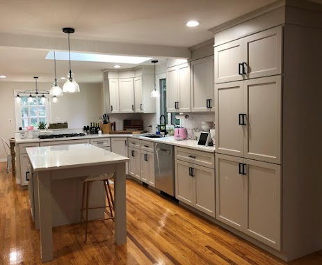 kitchen cabinets refaced in Lowell, MA