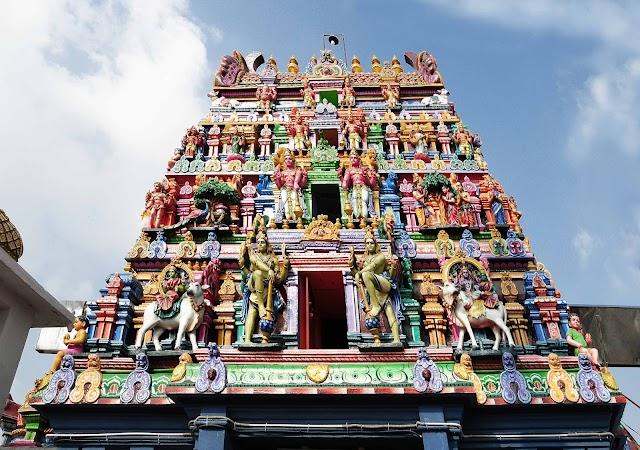 Kapaleeswarar temple tank