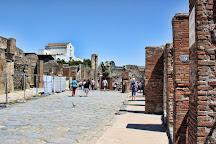 Fullonica di Stephanus, Pompeii, Italy