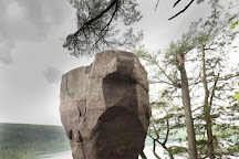 Balanced Rock Trail, Baraboo, United States