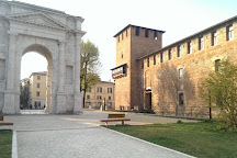 Arco dei Gavi, Verona, Italy