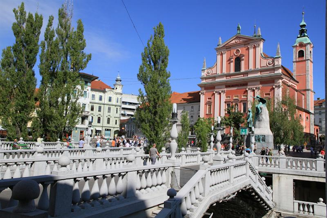 1000 Ljubljana