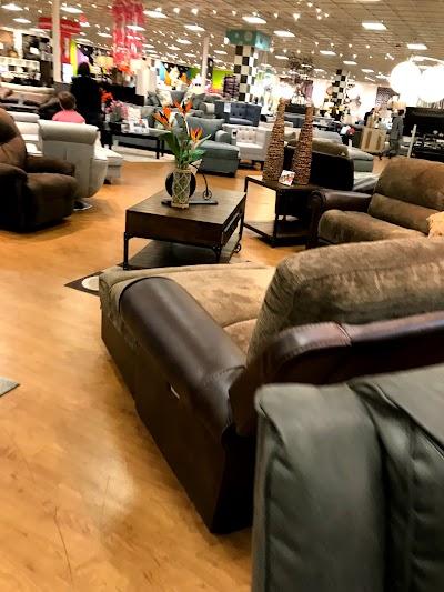 Bob's Discount Furniture Skokie : bob's, discount, furniture, skokie, Bob's, Discount, Furniture, Mattress, Store,, County,, Illinois