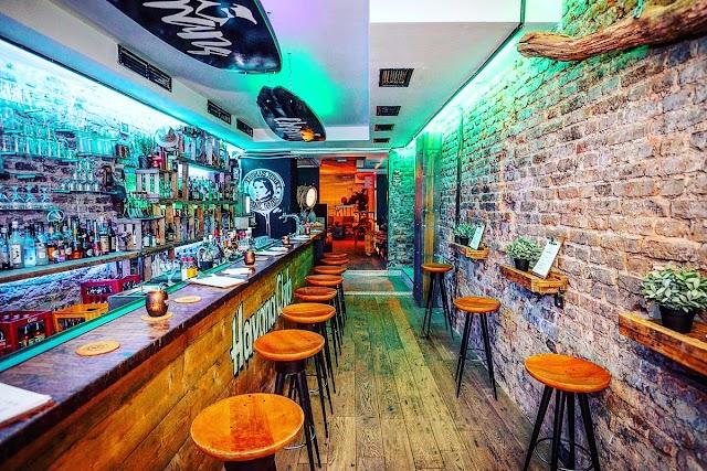 Chapmans Surf & Beach Bar