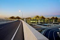 阿道弗·蘇亞雷斯馬德里-巴拉哈斯機場