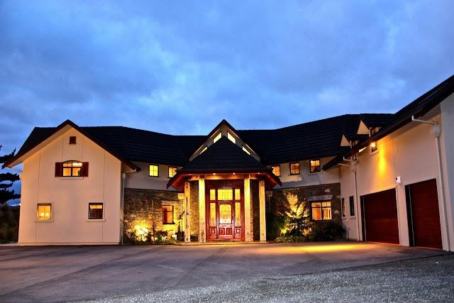 Dock Bay Lodge