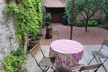 Jardin du Calvaire, Carcassonne Center, France