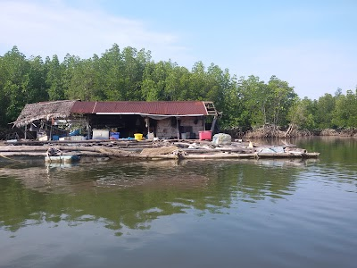Suk Samran District
