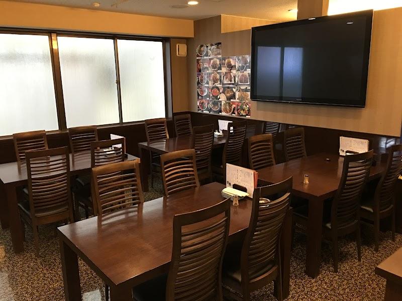 日葵 ひなた ランチ営業 個室有り 海鮮丼 天丼 オムライス 薬膳鍋 フグ すっぽん ローストビーフ