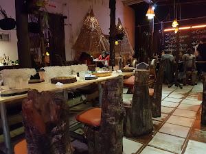 EL BATAN DEL TAYTA Restaurante Local 5