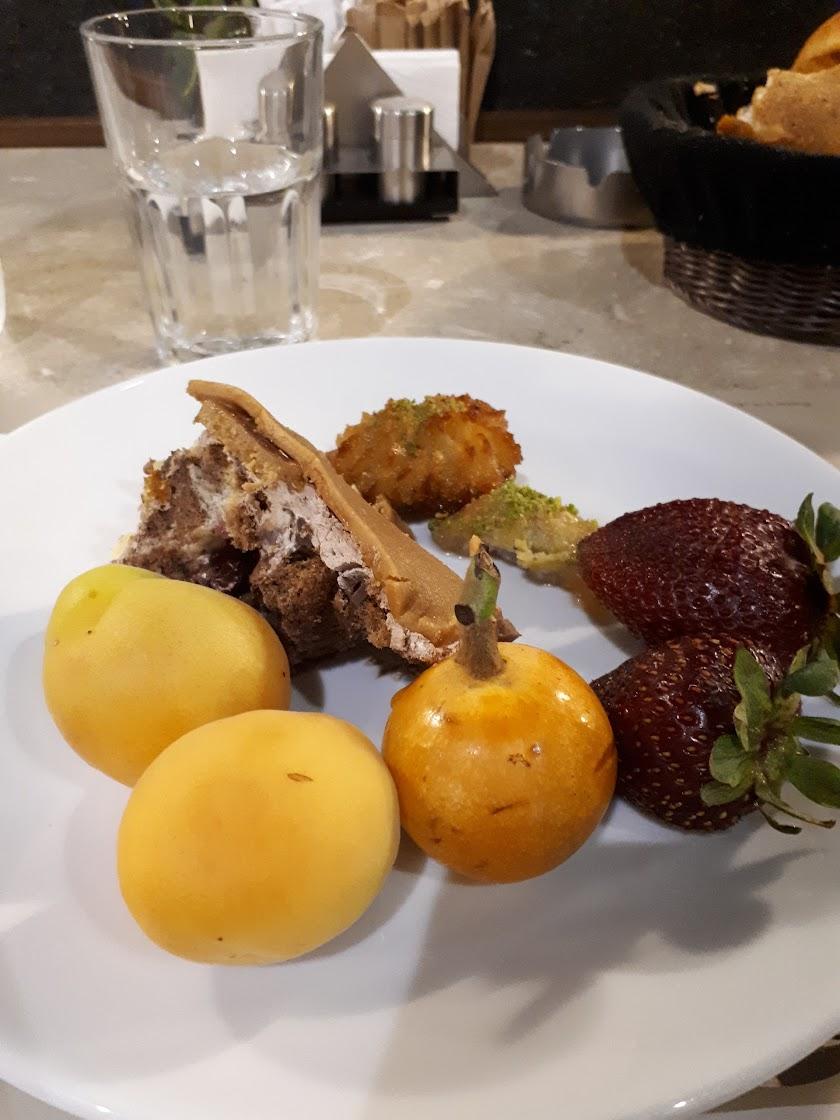Elizinn Patisserie Restaurant Resim 6