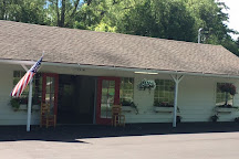 White Cottage Red Door, Fish Creek, United States