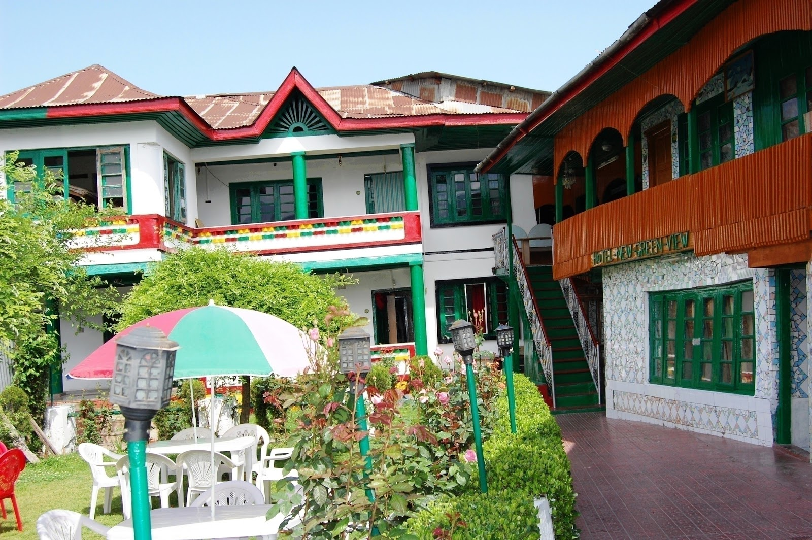 Hotel New Green View Hb Mughal Sheraton Group Of House Boats Around Guides