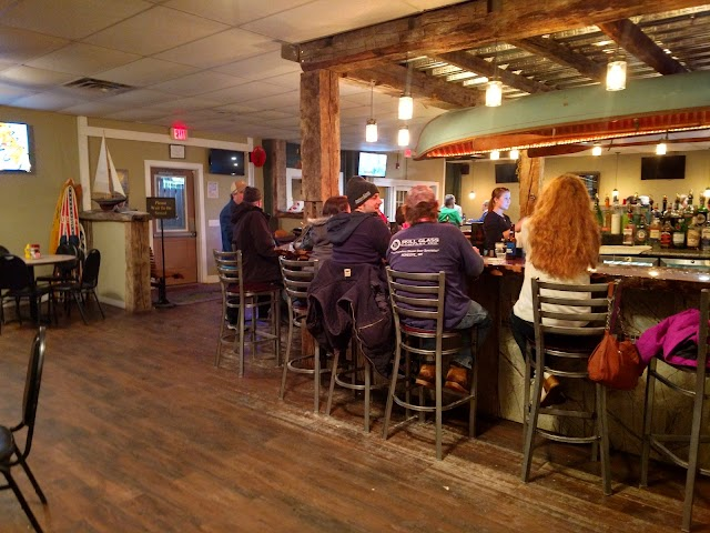 Honeoye Boat House Grille