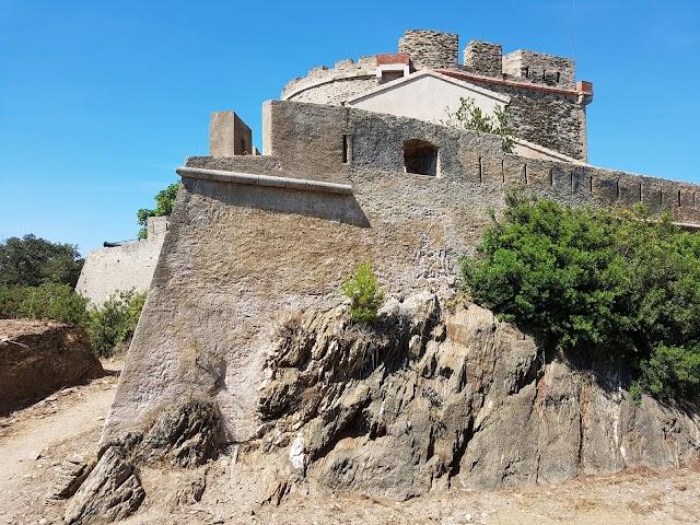 Le Fort de l'Estissac