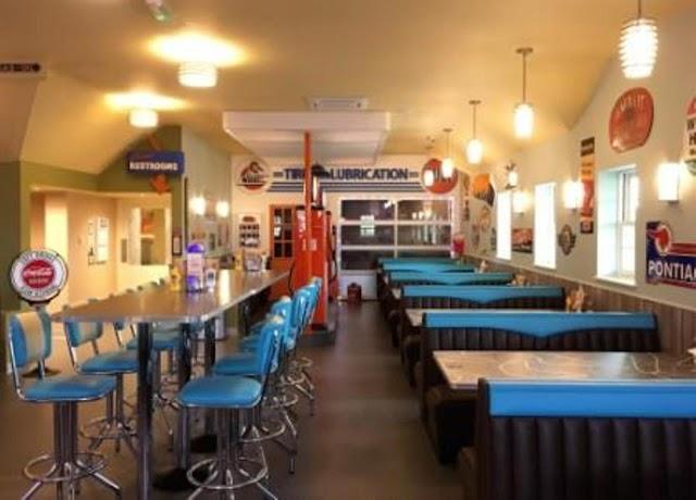 Billy Bobs Ice Cream Parlour
