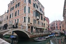 Fanfaluca, Venice, Italy
