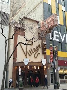 Lou Malnati's Pizzeria chicago USA