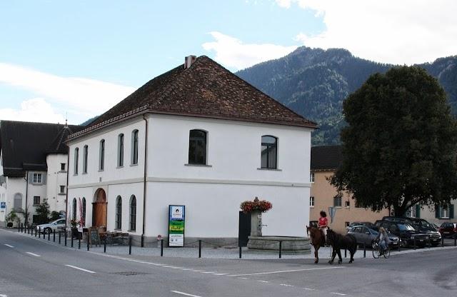 Heidiland Tourism AG - Info Point Maienfeld