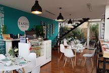 Taste Kitchen Club, Chia, Colombia