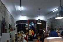 Mercado na Invicta, Porto, Portugal