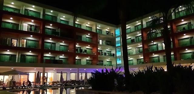 Hotel Aqua Show